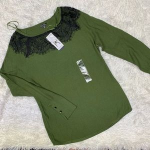 NWT Hannah Cyprus Green Top Black Lace Neck Sz M